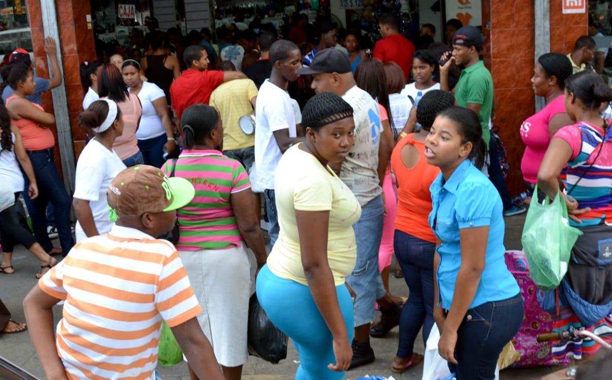Casi medio millón de haitianos residen en República Dominicana, según encuesta