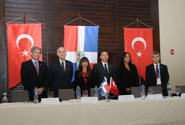 Katrina Naut considera positivo comercio bilateral entre RD y Turquía