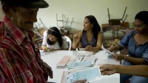 También se escogerán gobernadores de departamentos y concejales.Foto: BBC.