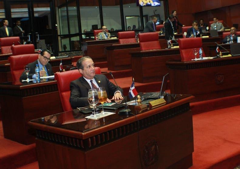 Senado aprueba primera lectura reforma policial