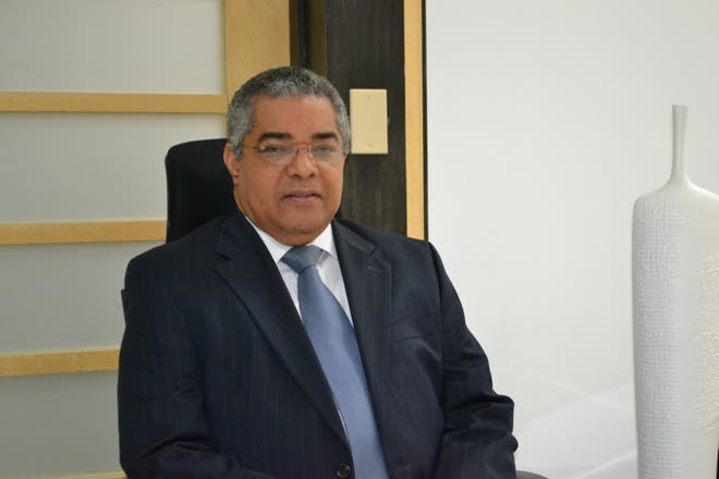 Luis Reyes Santos, Viceministro de Hacienda y Director General de Presupuesto ..