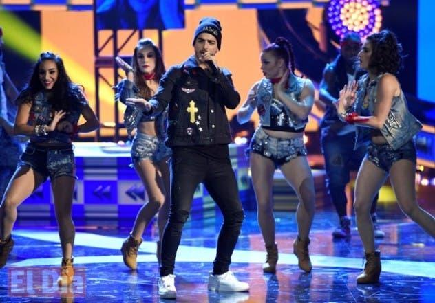 Maluma en los Latin Music Awards