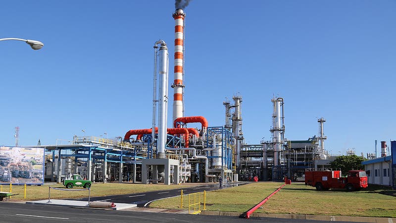 Refidomsa dice que a partir del domingo se normaliza suministro de fuel oil a generadoras de electricidad