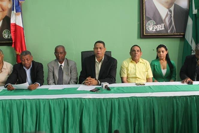 El PRI proclamará a Danilo Medina como su candidato presidencial en noviembre