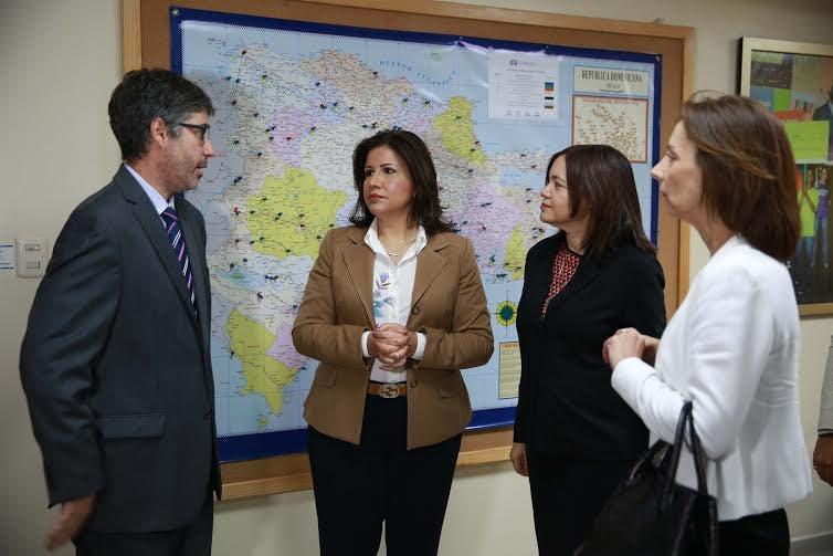 02-10-2015. Reunion con el Banco Mundial y la VP en San Rafael. Adres Ureña.
