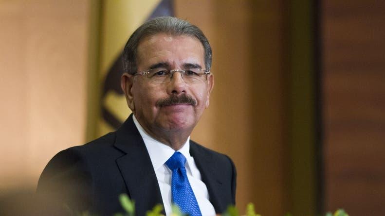 Danilo Medina expresa su pesar por atentados en París
