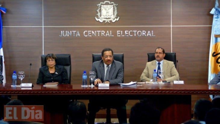 Pleno de la JCE.Hoy/Fuente Externa 4/4/12
