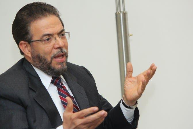 Guillermo Moreno, candidato presidencial de Alianza País, ha sido uno de los políticos que más ha criticado a los corruptos. Foto: Elieser Tapia/El Día.