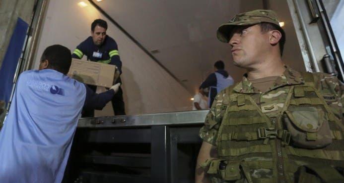 Más de 100.000 personas velarán por seguridad en segunda vuelta en Argentina