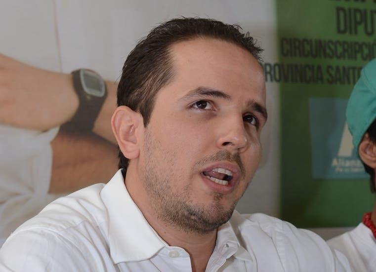 Claudio Caamaño Vélez