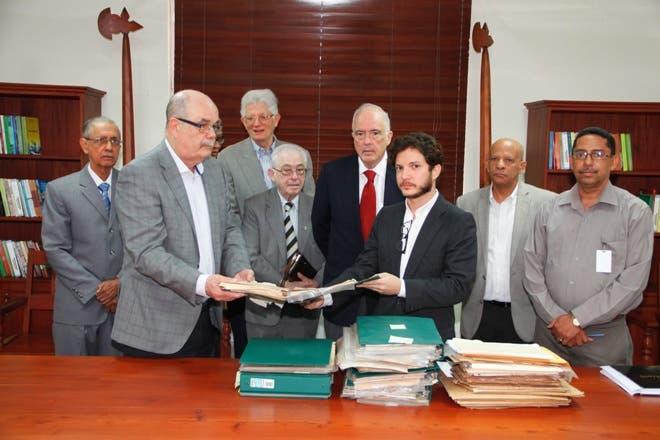 Fundación dona al Archivo General de la Nación colección de cartas
