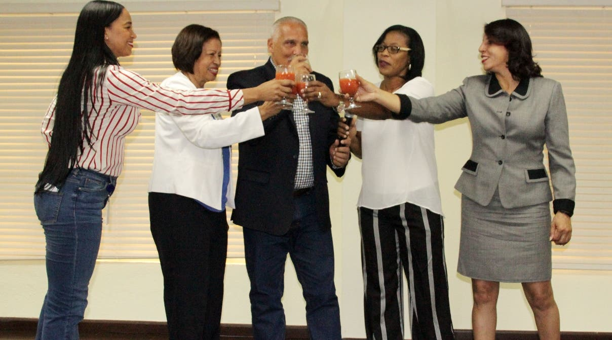 Jaime David agasaja a Teresa Durán y Zapata