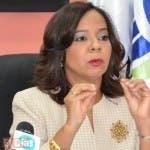 La directora de proconsumidor,Anina del Castillo,ofrecio una rueda de prensa,en su despacho/foto José de León