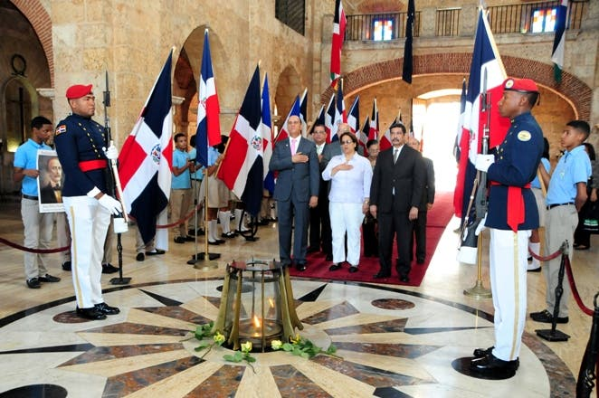 Educación rinde homenaje a Hostos en su 177 aniversario y celebra Día de la Educación Dominicana