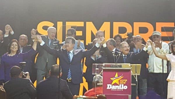 El PLD proclama a Danilo Medina candidato presidencial para elecciones de mayo
