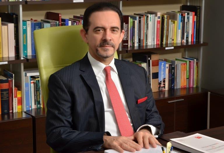 Carlos Salcedo, abogado.
