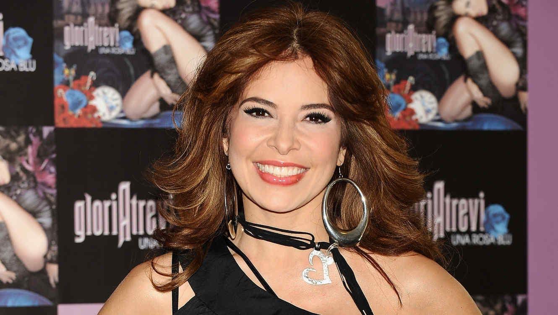 "MADRID, SPAIN - JULY 02:  Mexican singer Gloria Trevi presents her new album ""Una Rosa Blu"" at Hotel de las Letras"" on July 2, 2009 in Madrid, Spain.  (Photo by Carlos Alvarez/Getty Images)"