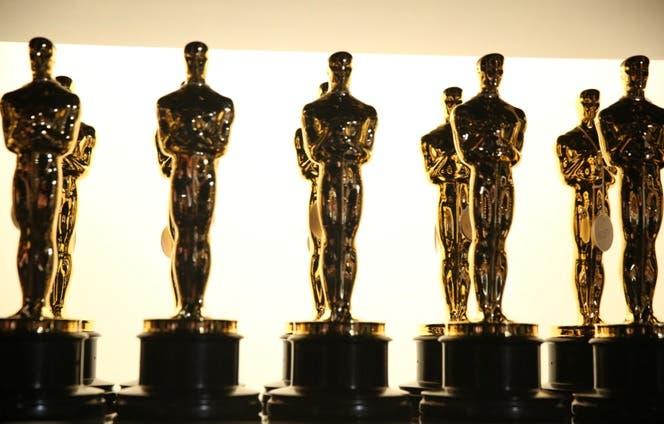 Estatuillas de premios Óscar.