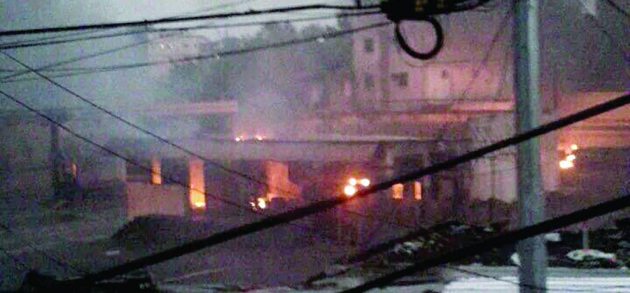 Pacientes quemados en explosión continúan en estado crítico