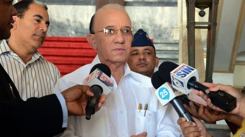 el senador por la Provincia la Altagracia Amable Aristy Castro visitó este miércoles el palacio Nacional  Hoy Félix de la Cruz 10/02/2016