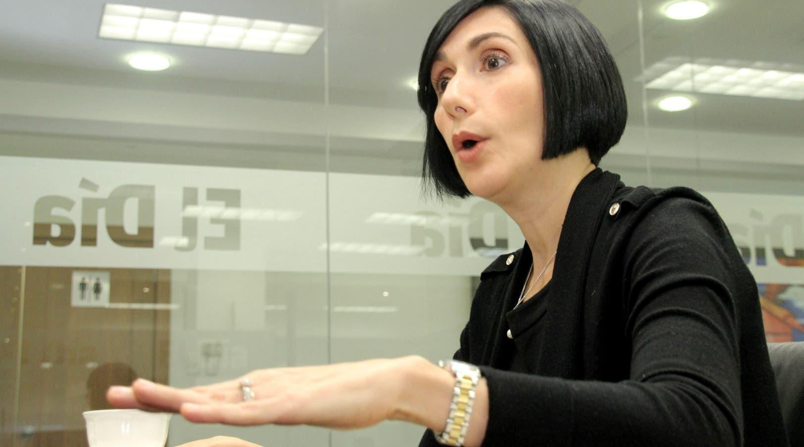Raquel Arbaje: «Sí, hay tapones, delincuencia, apagones y falta agua»