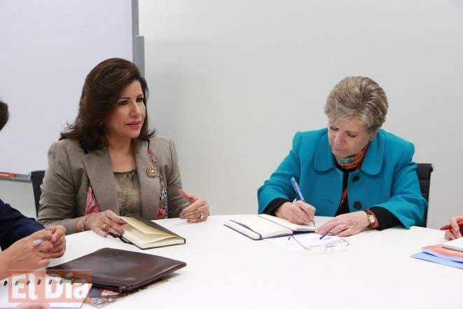 La Vicepresidenta Margarita Cedeño, y la secretaria ejecutiva de la CEPAL, Alicia Bárcena coordinan aspectos generales del foro a realizarse este año en el país. Foto de Archivo.