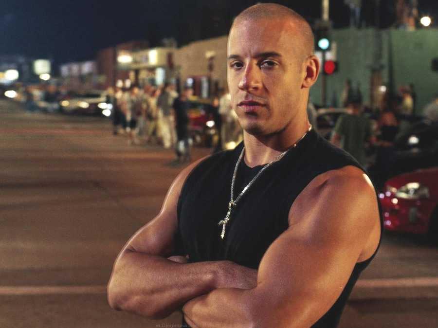 Vin Diesel llegó en un avión privado al aeropuerto José María ...