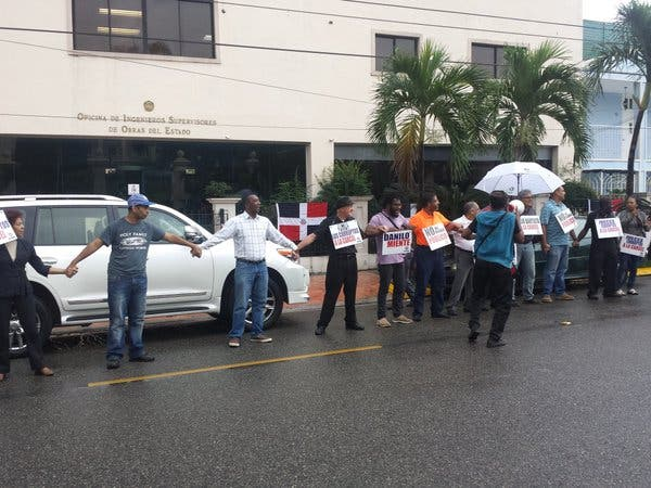 Poder Ciudadano llama población respaldar cadena humana contra la corrupción frente a OISOE