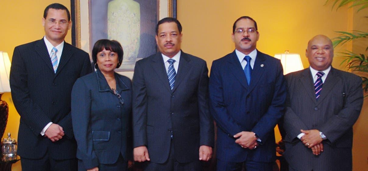 Miembros pleno JCE.Hoy/Fuente Externa 21/12/10