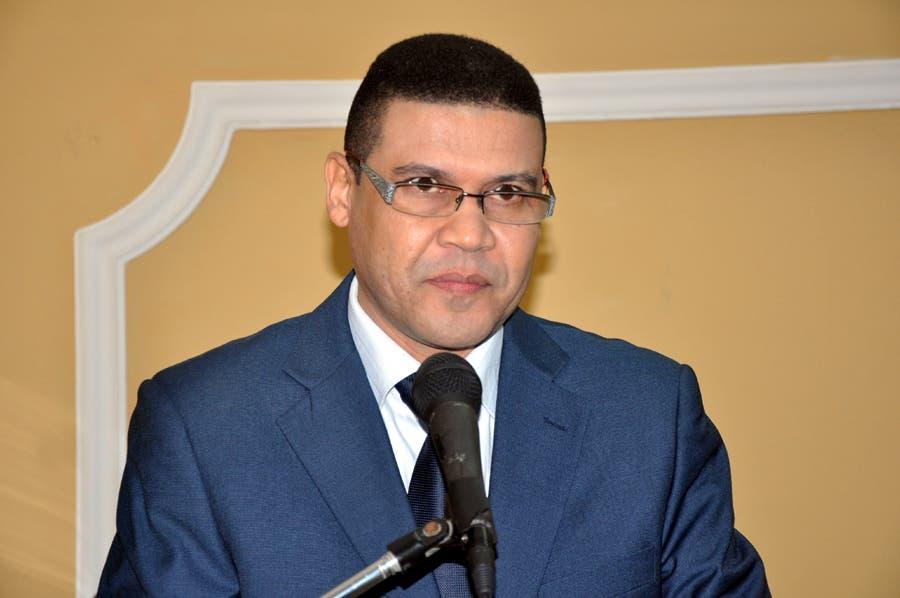 Ricardo Nieves.