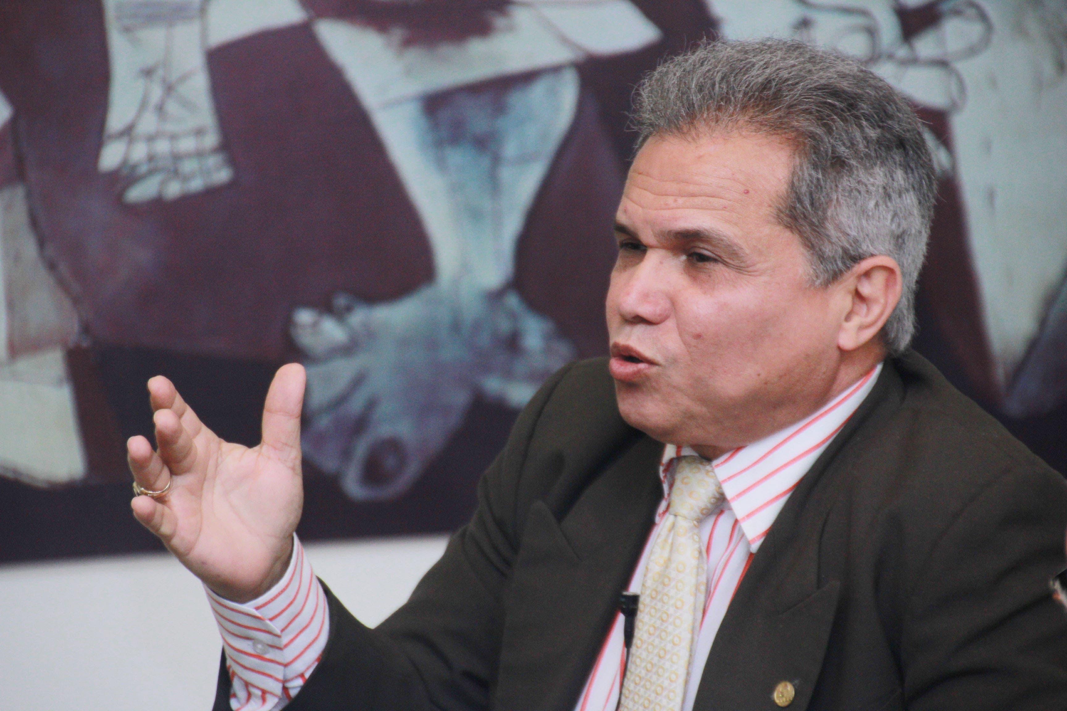 CMD replica instancia del ministro de Salubridad sobre 59 médicos contagiados