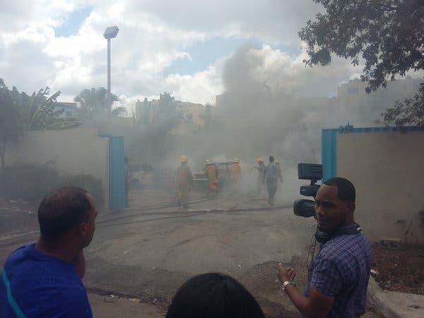 Según la Policía,  el siniestro se produjo momentos en que un tanquero descargaba el combustible.