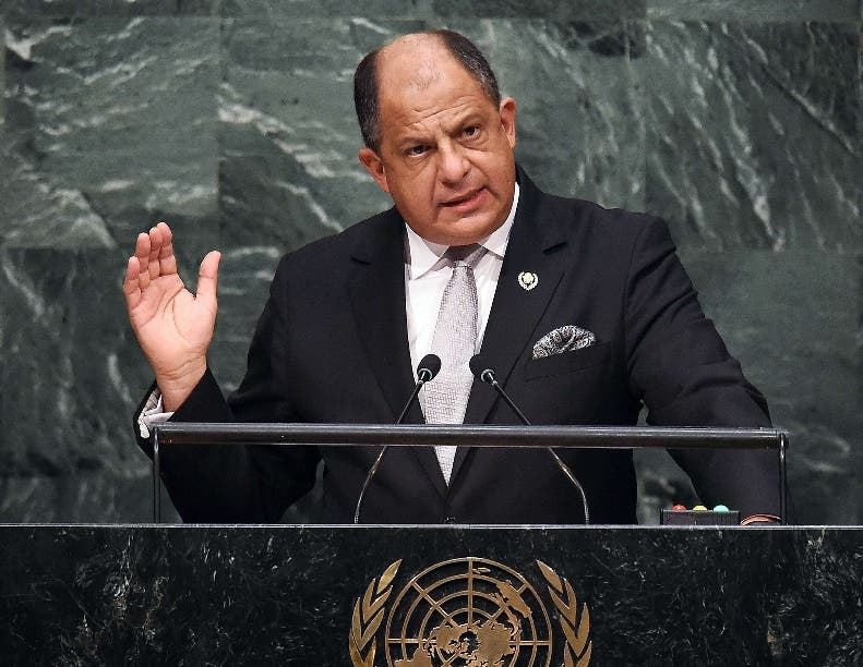 Costa Rica's President Luis Guillermo Solis addresses the 70th Session of the United Nations General Assembly at the UN in New York on September 30, 2015. AFP PHOTO/JEWEL SAMAD