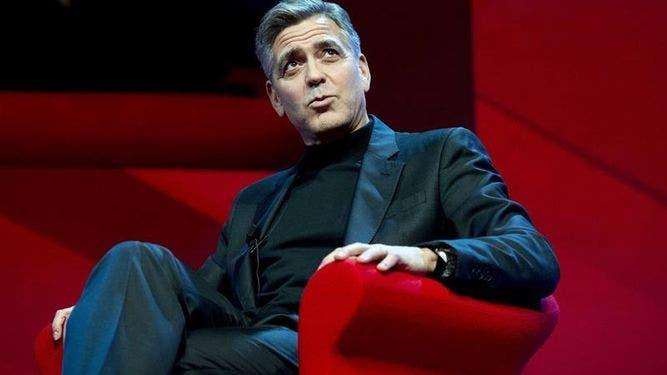 HELLO-disculpa-entrevista-George-Clooney_904119619_10884513_667x375