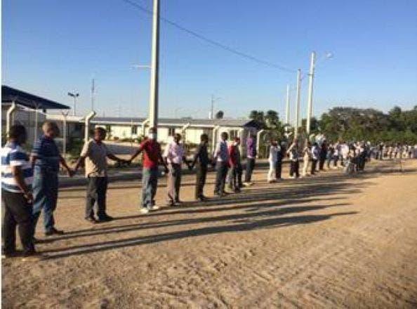 Realizarán cadena humana en demanda puentes peatonales en Paya, Baní