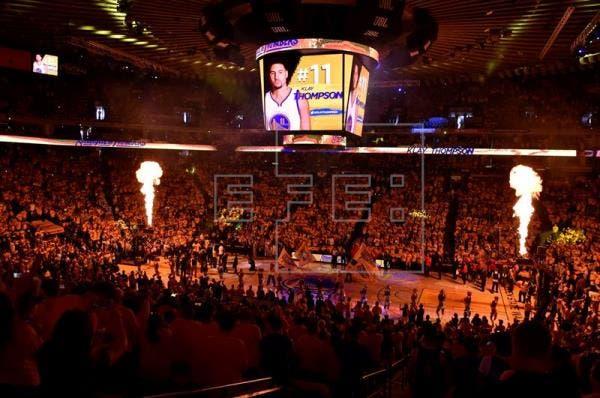 Warriors toma ventaja ante Trail Blazers y Raptors y Heat jugarán semifinales