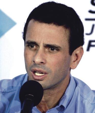 Capriles dice Maduro busca comprar tiempo con diálogo para evitar revocatorio