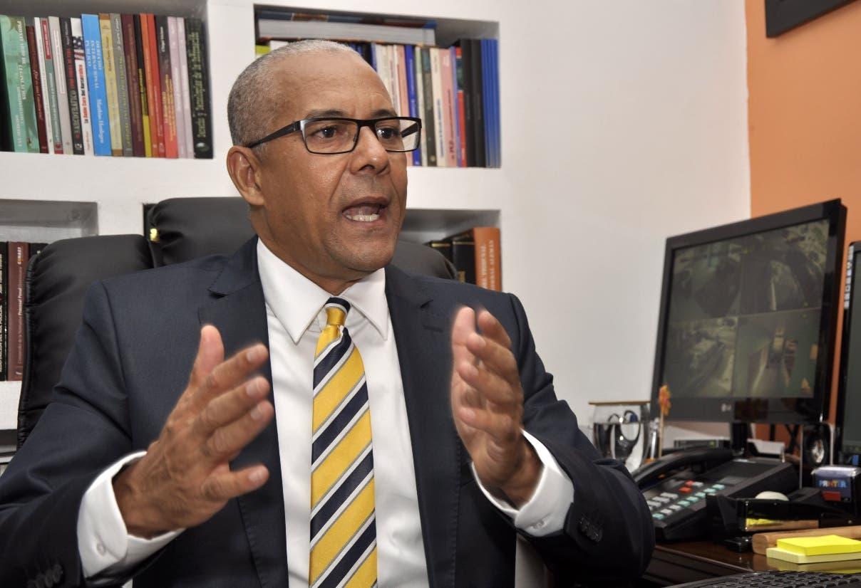 Julio Cesar De la Rosa, presidente de Alianza Dominicana Contra la Corrupción. Foto de archivo.