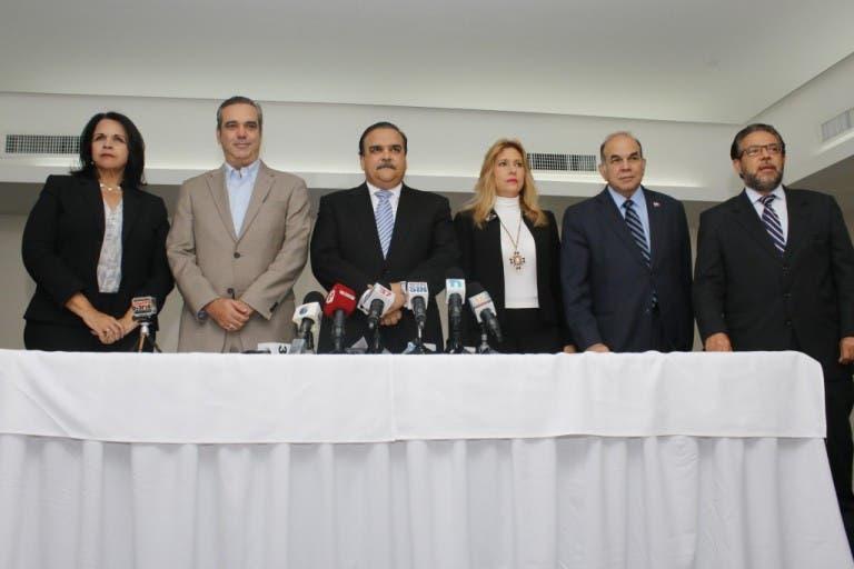 Minou Tavárez Mirabal, Luis Abinader, Elías Wessin Chávez, Soraya Aquino, Pelegrín Castillo y Guillermo Moreno.