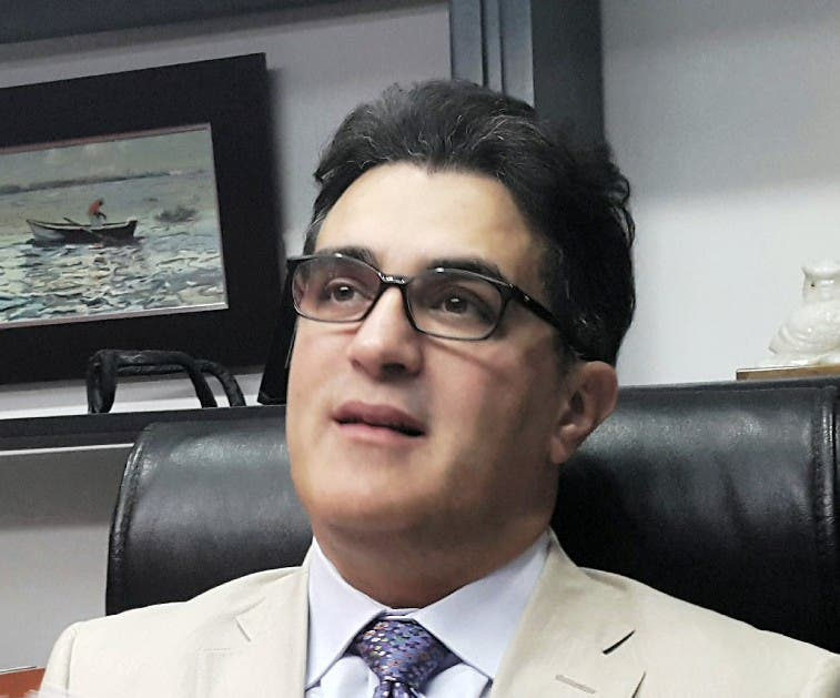 Julio Cury.