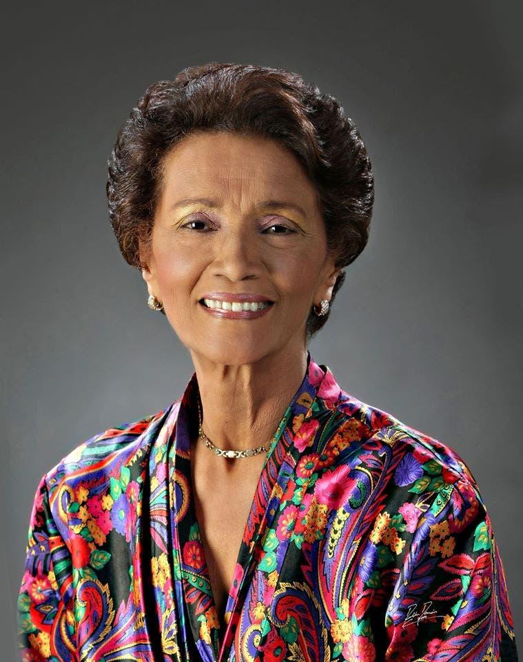 Norma Santana, locutora