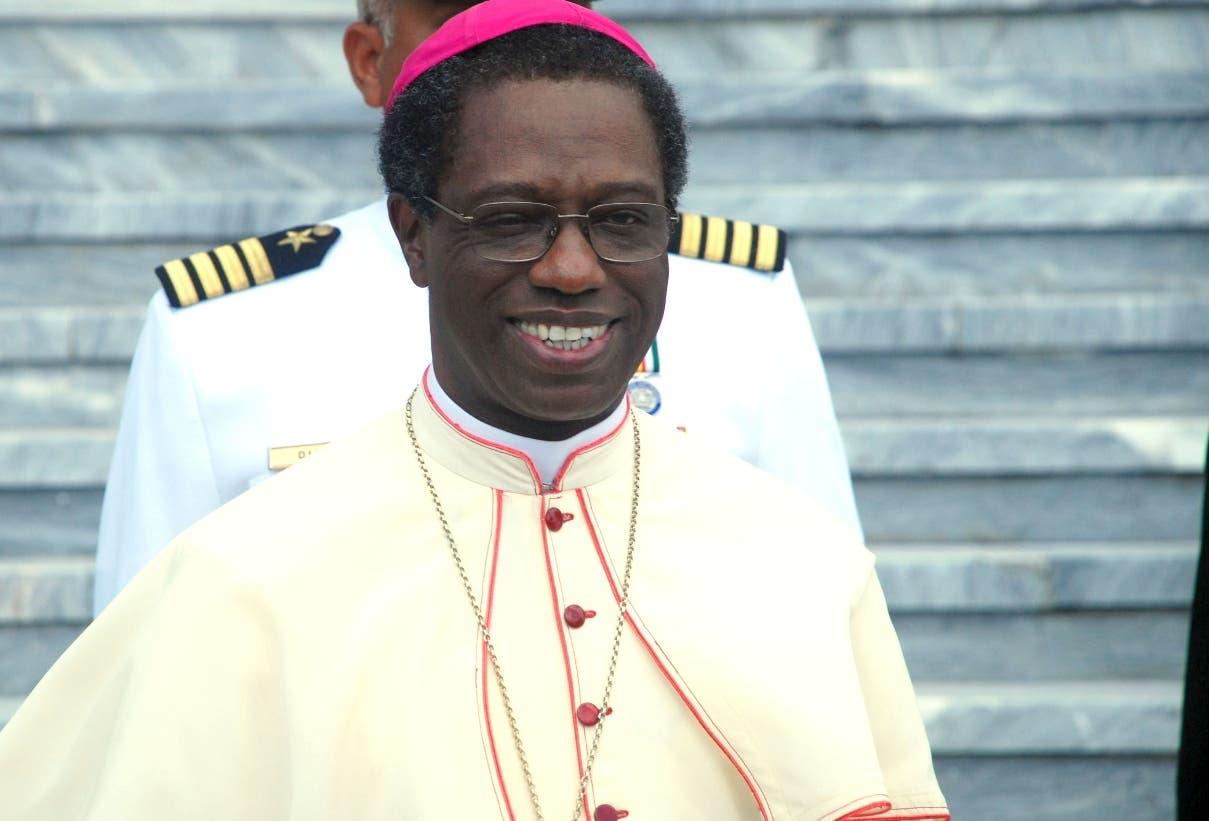 Papa traslada nuncio Jude Thaddeus Okolo a Irlandia