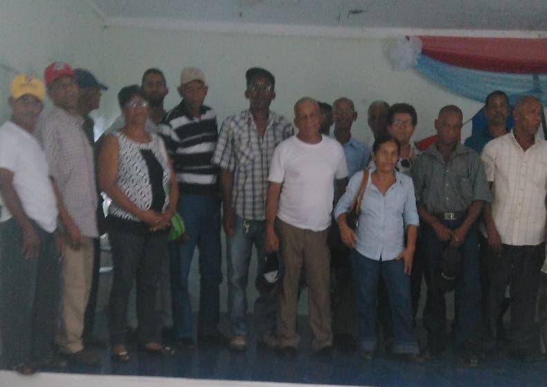 Parceleros piden instalar sistema de riego en Baní