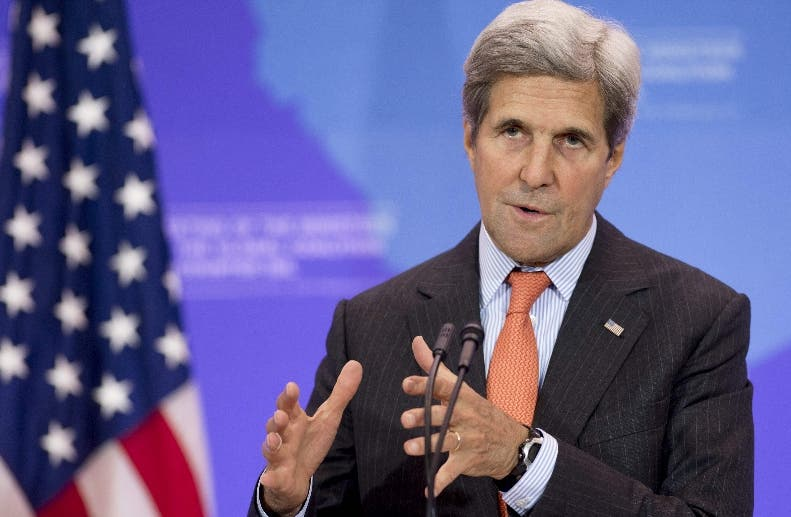 Kerry elogia el compromiso de Uribe con la paz tras el referéndum en Colombia