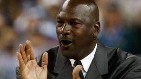 Michael Jordan el más   famoso exjugador de la  NBA,aP