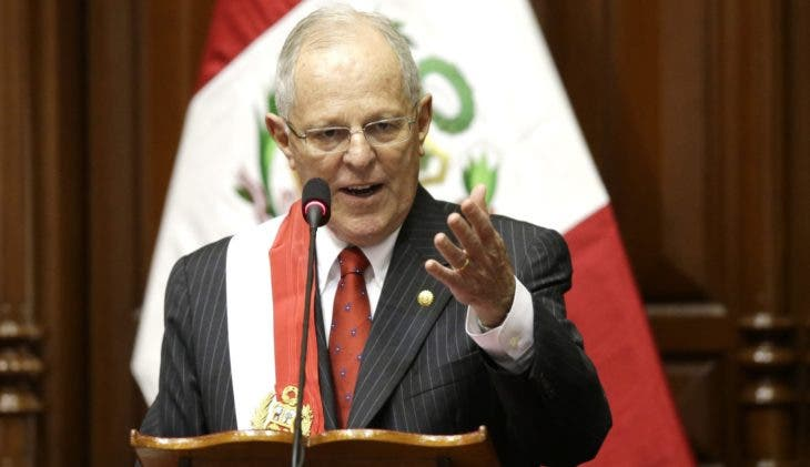 Peru's President Pedro Pablo Kuczynski addresses Congress during his inauguration ceremony in Lima, Peru, Thursday, July 28, 2016. Kuczynski assumed Peru's presidency Thursday with a Cabinet that shares his Ivy League, pro-business pedigree — a reliance on technocrats that could become a liability as he deals with an unfriendly congress and a resurgent left. (AP Photo/Martin Mejia)