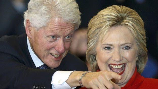 Bill Clinton y Hillary Clinton. Foto de archivo.