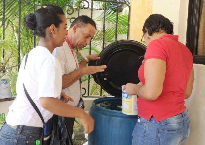 Jornada-zika-mosquito-criadero