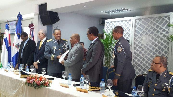 Presidente del Tribunal Constitucional pide a la sociedad unirse a lucha contra la delincuencia