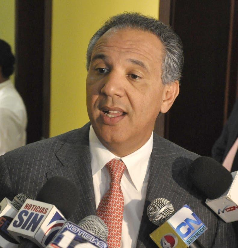El ministro Administrativo de la Presidencia, José Ramón Peralta,entrevista en el Palacio Nacional.Hoy/Pablo Matos     7-11-2013